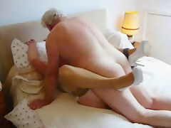 My Master fucks my wife makes the brush orgasm added to wet.