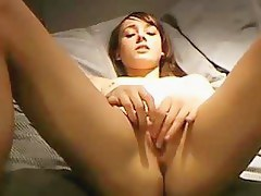 Solo cam girlfriend masturbates her bald muff