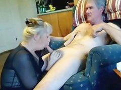 Non-Professional Mature Oral Pleasure-Sex on Sofa far Wife Enjoying Sucking