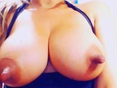MILF amateur clogged up masturbating on web camera