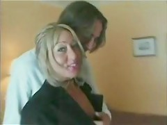 Kelly - British MILF Housewife