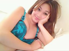 Asian babe masturbating on a webcam