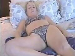 mature wife enjoys dildo