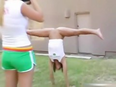 USA Cheerleader Does Her Moves Stripped Alongside Be passed on Garden