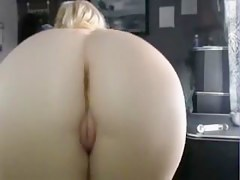 Sultry Mature Woman Shows Her Great Exasperation And Pussy For Watchers On Webcam Small talk