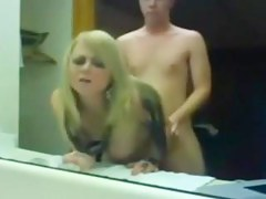 Youthful pair fuck in the Washroom room reflect