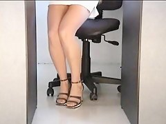 Straight from the shoulder Voyeur Non-Professional Upskirt Filmed at Office Out of reach of Hidden Web Camera