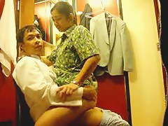 Asian amateur sex in dressing room