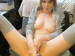 Very hawt shoestring camera model masturbating
