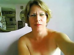 Artful seniority mature tits coupled with ass on webcam