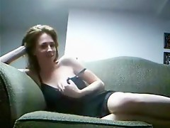 Horny wife makes an ravishing home coitus dusting