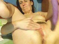 Hot flimsy mature with regard to big nipples
