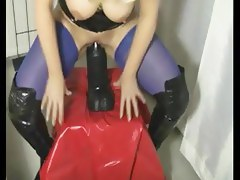 Five Nonconformist Fisting & Extreme Insertion Clips