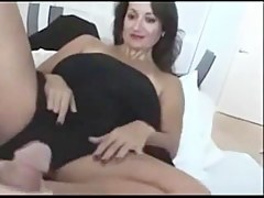 Horny chick in hijab knows how nigh give a pleasurable footjob