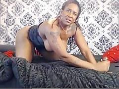 Dom Ebony MILF