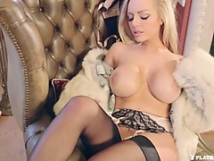 Sultry Lady with Hannah Claydon