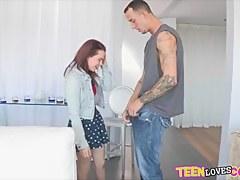 Cutie teen slattern Jennifer stuffed by throbbing dick