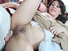 Raylene in Laverne And Shirley XXX Porn Striptease