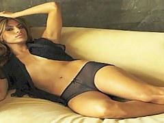 Eva Mendes Roundish In HD!