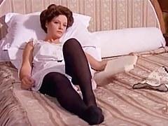 Laura Antonelli - Mio Dio come sono caduta involving basso!