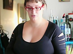 BBW hairy pussy filmed on the kitchen