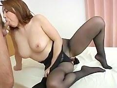 Yumi Kazama - Bonny Japanese MILF