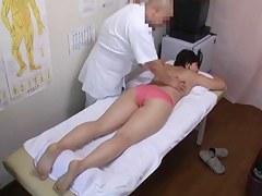 Iatrical voyeur porn with dirty masseur fucking Asian