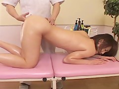 Cute Japanese gets say no to pussy toyed in the matter of voyeur massage mistiness