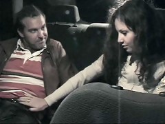 Sultry bird offers voiced service in taxi voyeur video