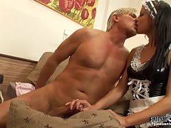 PinkoHD XXX video: Maid gives a footjob
