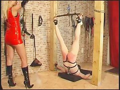Evil kirmess domina gets her serf flogged hard