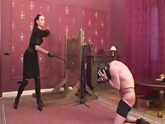 Cissy serf gets a unrestrained whipping treatment