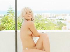 sweet blonde making public strip