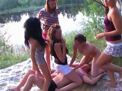 Babes go naked and show get under one's hawt college angels sex outdoor