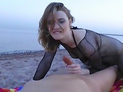 Copulation on the beach with impetuous facial