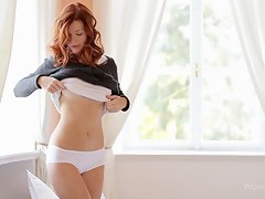 WowGirls Video: Redhead In The Express