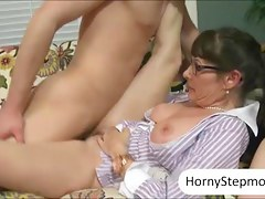 Alexandra Silk and Victoria Volt 3some