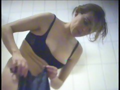 Dressing room girl that pleased connected with tits increased by tokus view