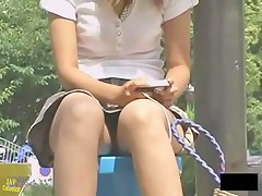 Please let that pussy breathe very hot upskirt video