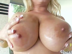 Peaches catholic Rachel Love shows her tits and makes blowjob