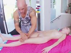 Elaina Raye gets unforgettable intimate massage