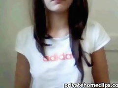 Webcam Teenie Gal fingers in Bathroom